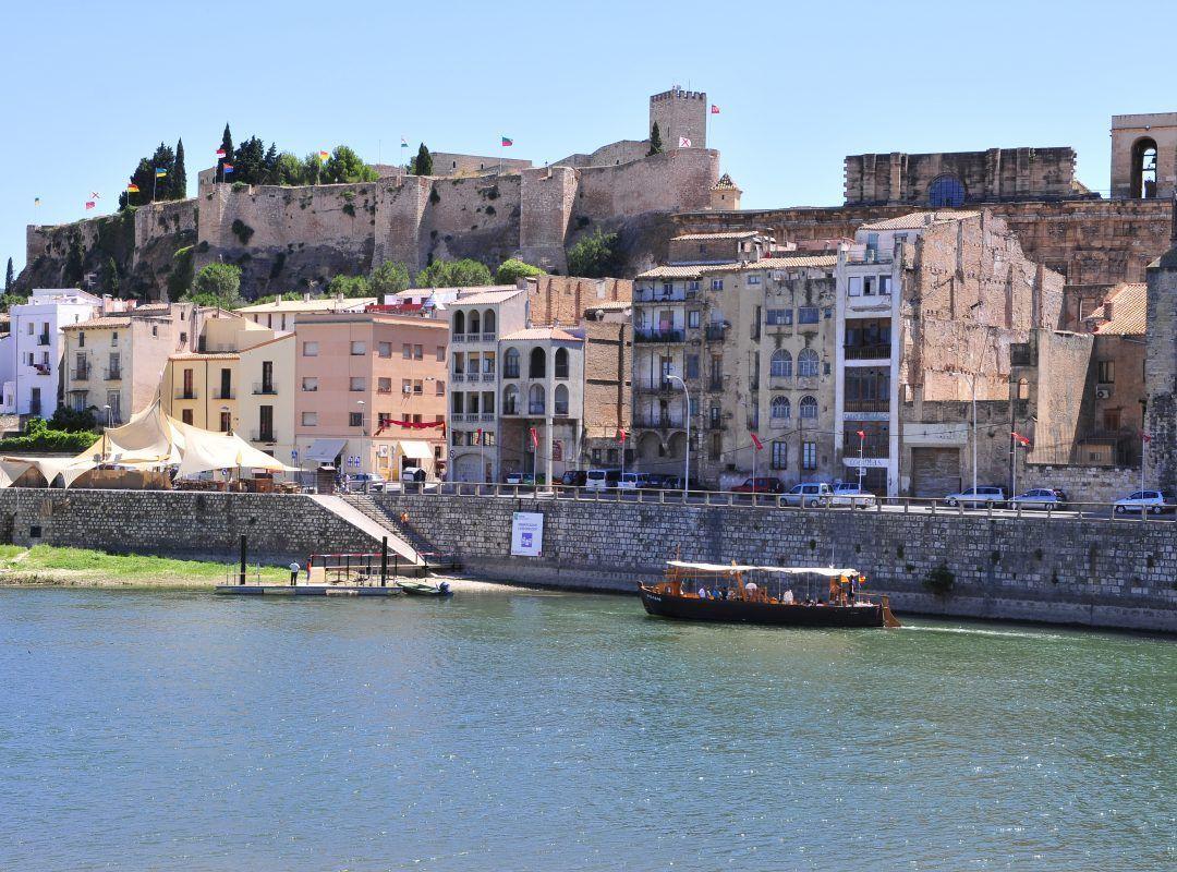creuer amb vermut pel riu Ebre